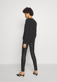 KARL LAGERFELD - CIRCLE LOGO - Sweatshirt - black - 2