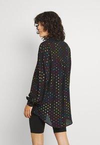 Never Fully Dressed - BLACK RAINBOW SPOT SHIRT - Button-down blouse - multi - 2