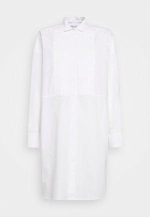 ANDREW DRESS - Košilové šaty - white
