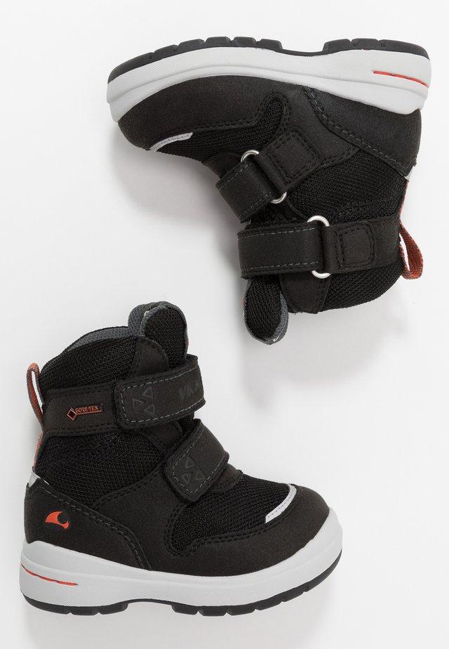 TOKKE GTX - Śniegowce - black
