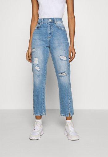 Straight leg jeans - light wash