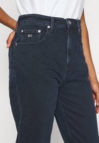 Tommy Jeans - MOM - Relaxed fit jeans - oslo blue - 4