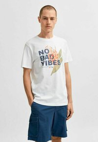 Selected Homme - STATEMENT - Print T-shirt - bright white - 0
