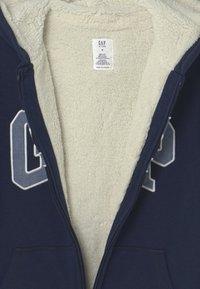 GAP - BOY COZY LOGO - Sweater met rits - blue galaxy - 2