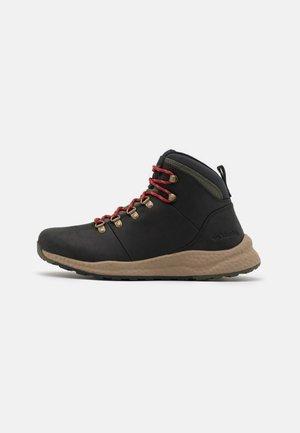 SH/FT WP - Hiking shoes - black/red velvet