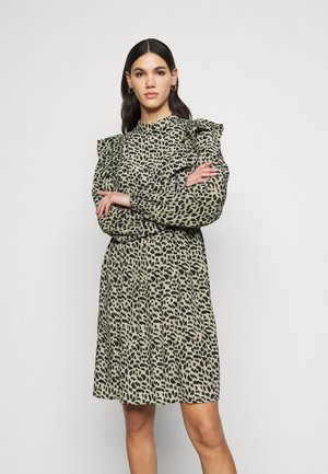 PCAGNETA DRESS - Sukienka letnia - jadeite
