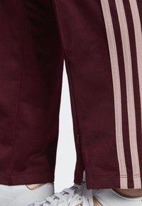 adidas Originals - FIREBIRD TRACKSUIT BOTTOMS - Tracksuit bottoms - burgundy - 4