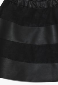 Name it - NKFSHANNON SKIRT - Falda acampanada - black - 3