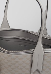 Emporio Armani - SOFT LOGO SHOPPER - Tote bag - grigio/blue - 3
