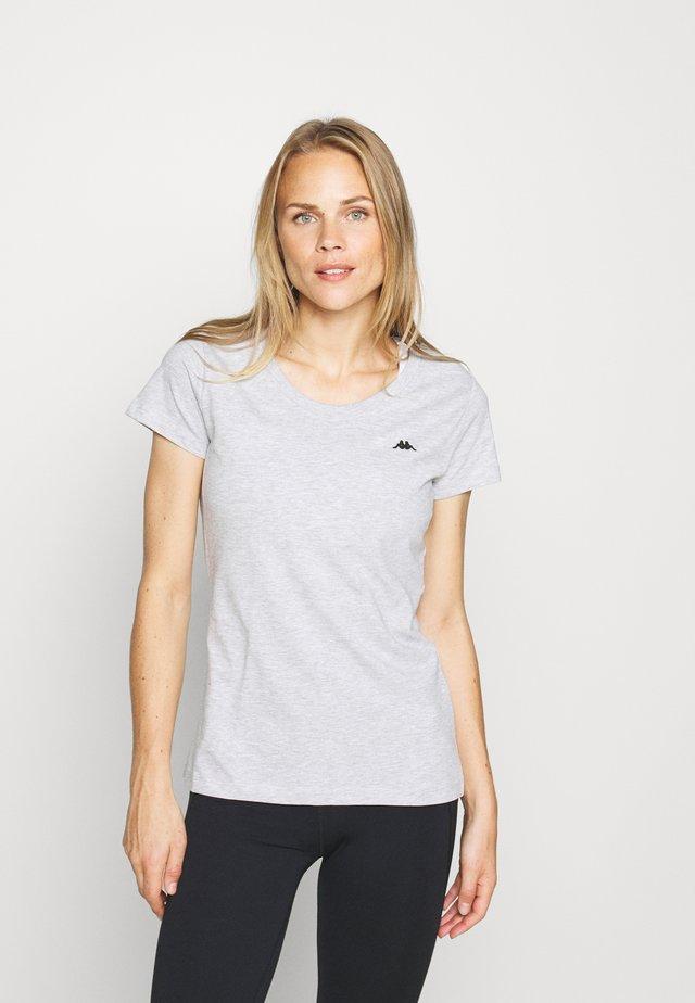 HALINA - T-shirt basic - high-rise melange