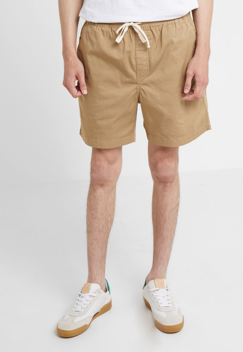 J.CREW - DOCK GARMENT DYE STRETCH - Shorts - british khaki