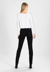 Esprit - Jeans a sigaretta - black - 2