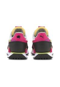 Puma - Trainers - glowing pink-puma black - 2