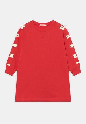 Day dress - full red