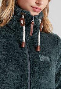 Icepeak - KARMEN - Fleecová bunda - olive - 5