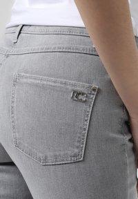 Cambio - Slim fit jeans - grau - 2