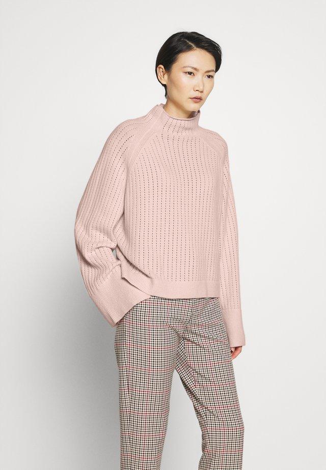 VIKKI - Jumper - light pink