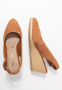 Tamaris - SLING BACK - Wedges - cognac - 3