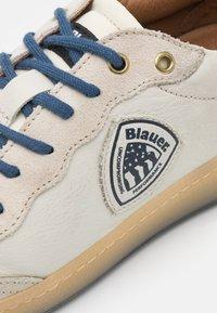 Blauer - Sneakers basse - white/navy - 5