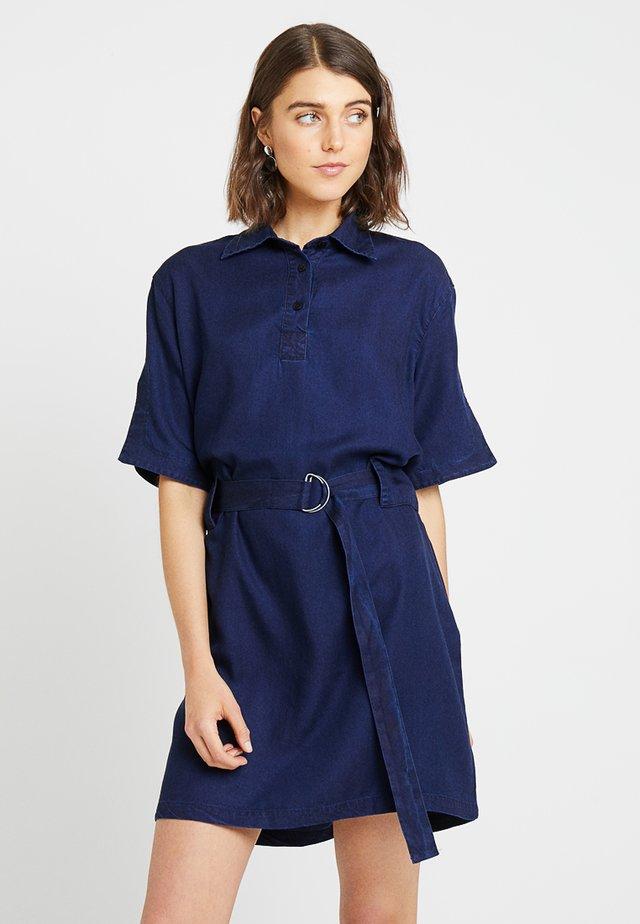 MARGUERITE - Robe en jean - blue