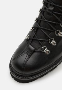 Grenson - BOBBY - Lace-up ankle boots - black - 5
