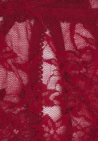 Coco de Mer - SIENNA BRIEF - Briefs - cherry red - 2