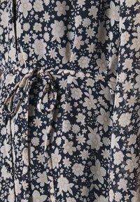 Vero Moda - CALF DRESS - Robe chemise - navy blazer - 5