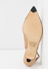 Pons Quintana - Classic heels - ivory - 6