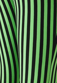 Stieglitz - RAJ FLARED LEGGINGS - Legíny - mint - 5
