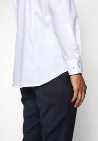 JOOP! - PIERRE - Formal shirt - white - 6