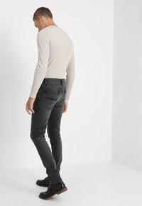 Nudie Jeans - LEAN DEAN - Jeans slim fit - mono grey - 2