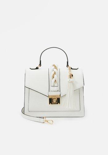 MEGUSTA - Bolso de mano - bright white/gold-coloured