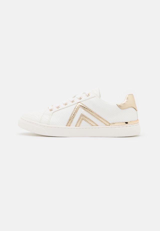 FRAN - Sneakers laag - gold