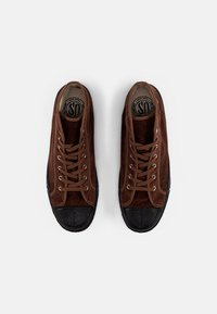 US Rubber Company - MILITARY HIGH TOP - High-top trainers - cord brown - 3