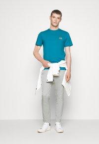 Lacoste - Basic T-shirt - royal blue - 1