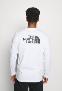 The North Face - MENS EASY TEE - T-shirt à manches longues - white - 2