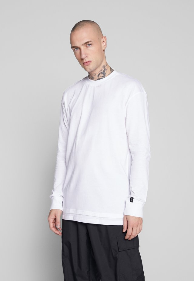FLASH BASIC TEE - T-shirt z nadrukiem - white