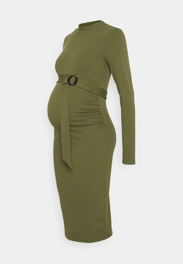 DRESS  - Fodralklänning - ivy green