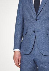 Bugatti - SUIT SET - Suit - jeans blue - 9
