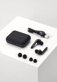Happy Plugs - AIR 1 PLUS IN EAR UNISEX - Sluchátka - black - 2