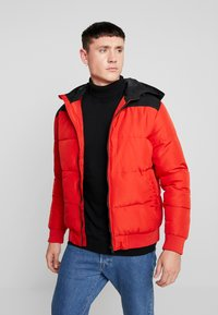 Only & Sons - ONSBOSTON QUILTED BLOCK HOOD - Chaqueta de entretiempo - pompeian red - 0