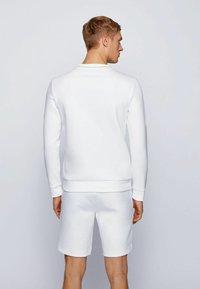 BOSS - SALBO ICONIC - Sweatshirt - white - 2