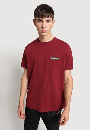 S-PATCH - T-shirt - bas - vint amaranth