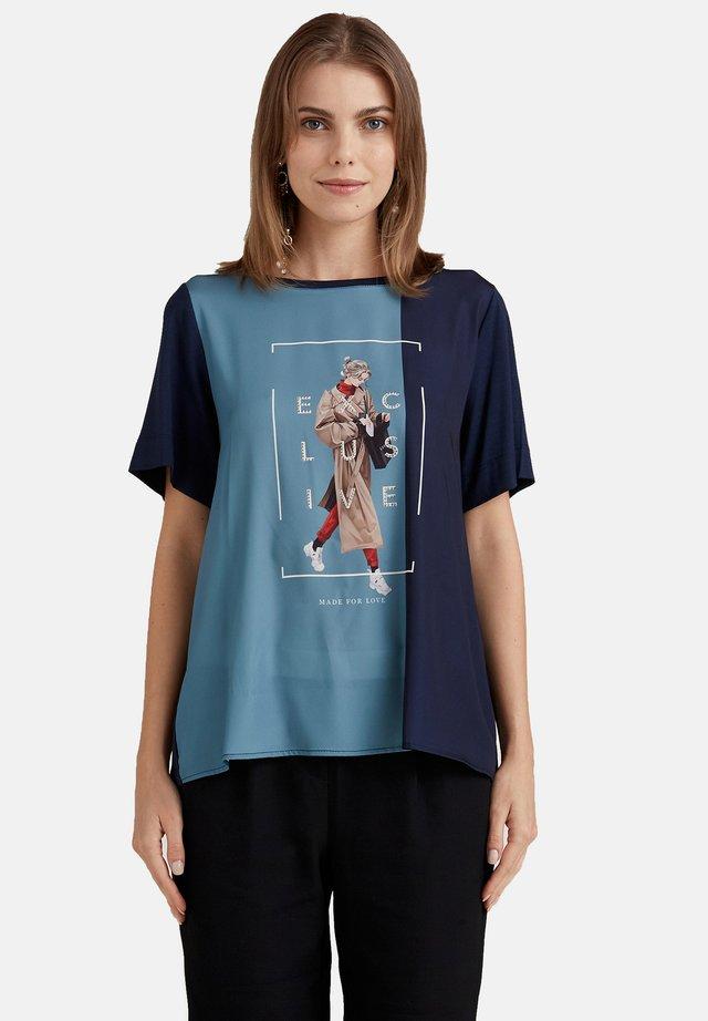 Camiseta estampada - blu