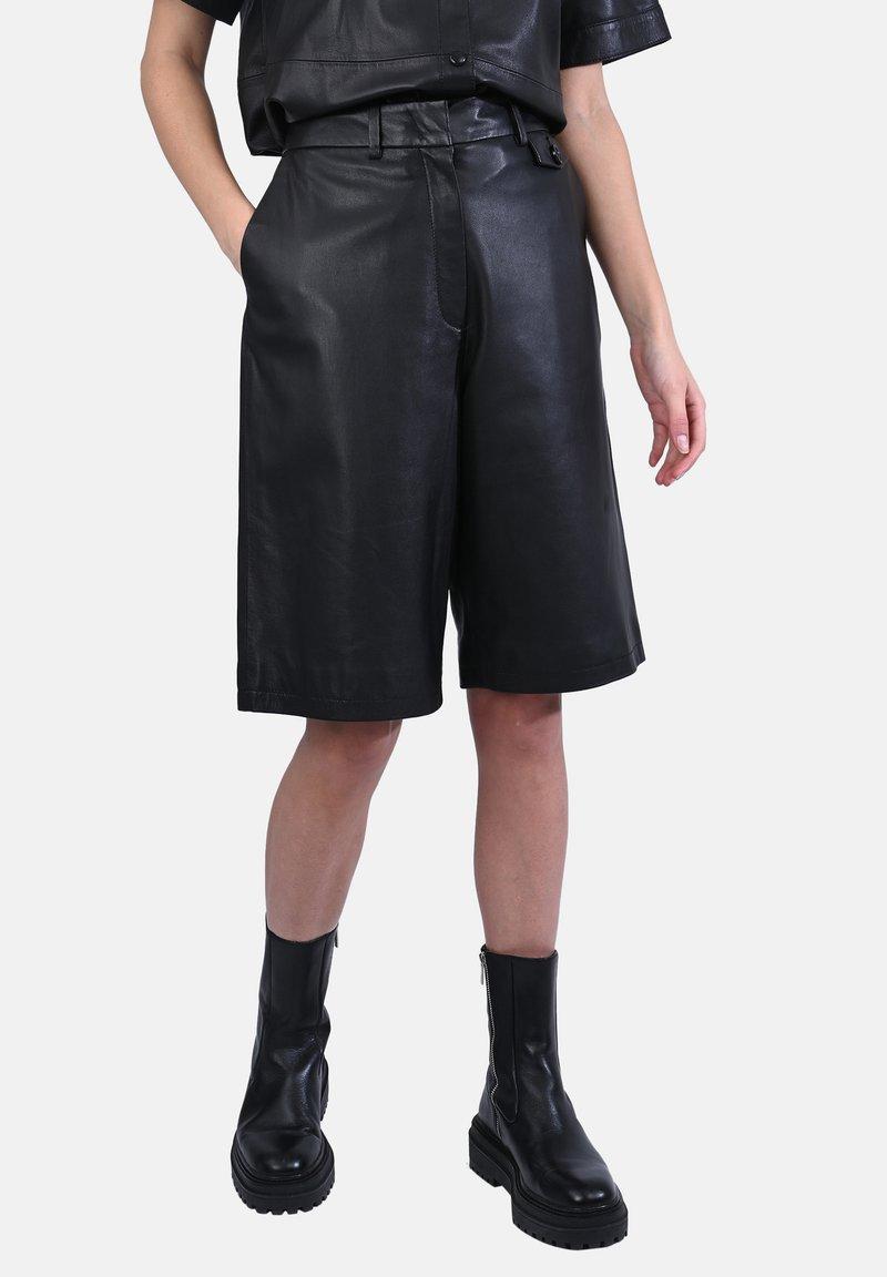 Oakwood - CITY - Leather trousers - black