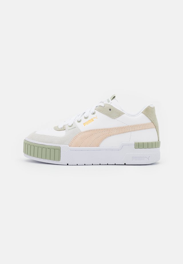 CALI SPORT IN BLOOM - Sneakers laag - white/desert sage/shifting sand