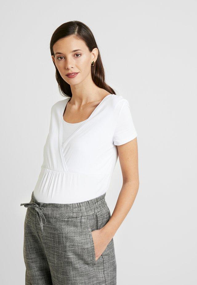 NURSING - Basic T-shirt - white