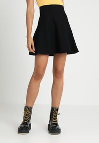 ONLY - ONLNEW DALLAS SKIRT - Spódnica trapezowa - black - 0