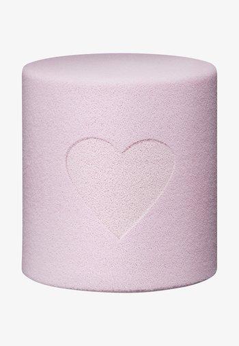 MARSH MALLOW SMOOTH BLENDER - Makeup sponges & blenders - -