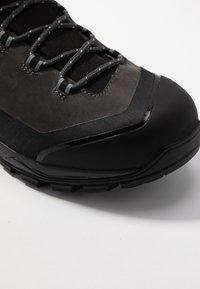 Mammut - MERCURY PRO HIGH GTX MEN - Mountain shoes - graphite/black - 5